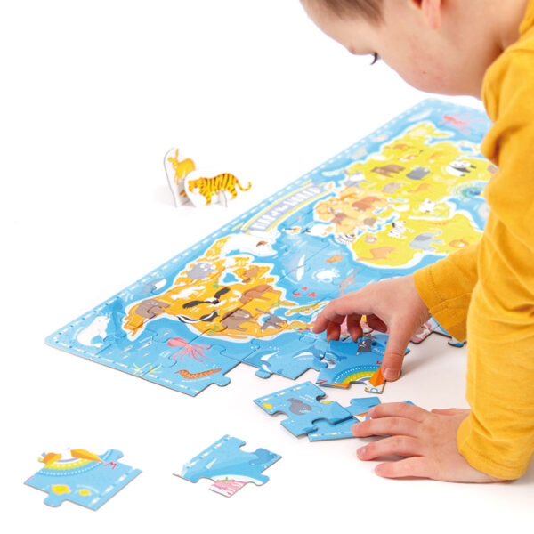 What in the World Animals Around the World 4+ educational map puzzle, figures and poster