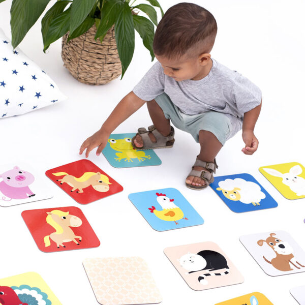 Educational memory game for toddlers - Suuuper Size Memory Game