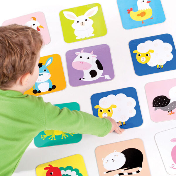 Jumbo memory game for toddlers - Suuuper Size Memory Game