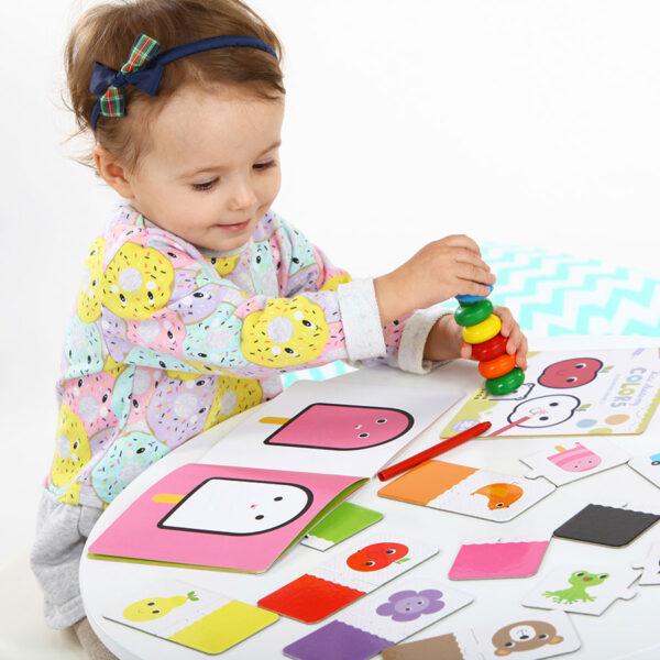 Kids Academy Colors 18m+ activity set