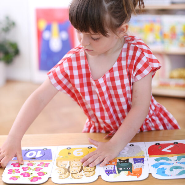 Number learning puzzle for toddlers - Make-a-Match Puzzle Number Train