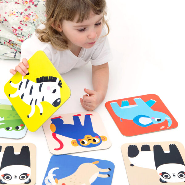 Educational matching game for toddlers - Suuuper Size Memory Game Wild Animals
