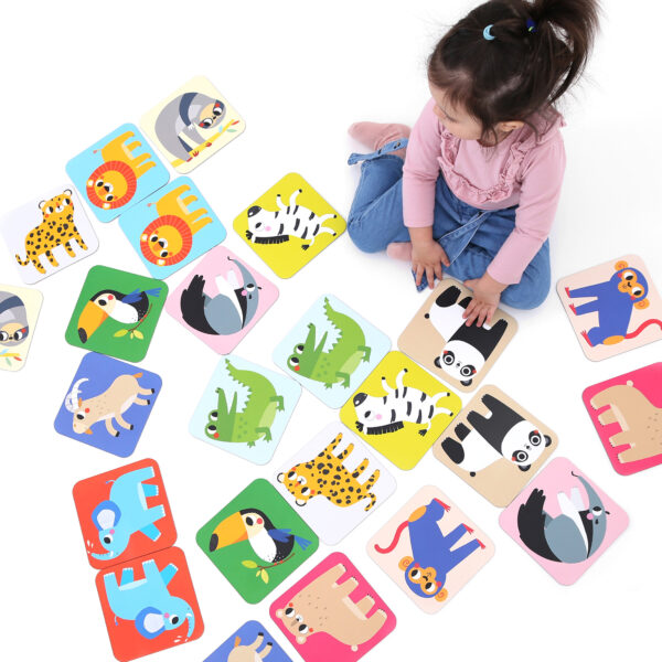 Jumbo memory game for toddlers - Suuuper Size Memory Game Wild Animals